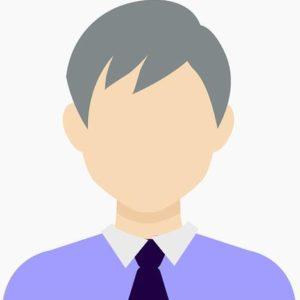 grauhaariger mann mit krawatte